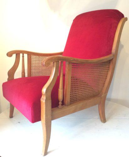 Les fauteuils en velours rouge de Frédérique