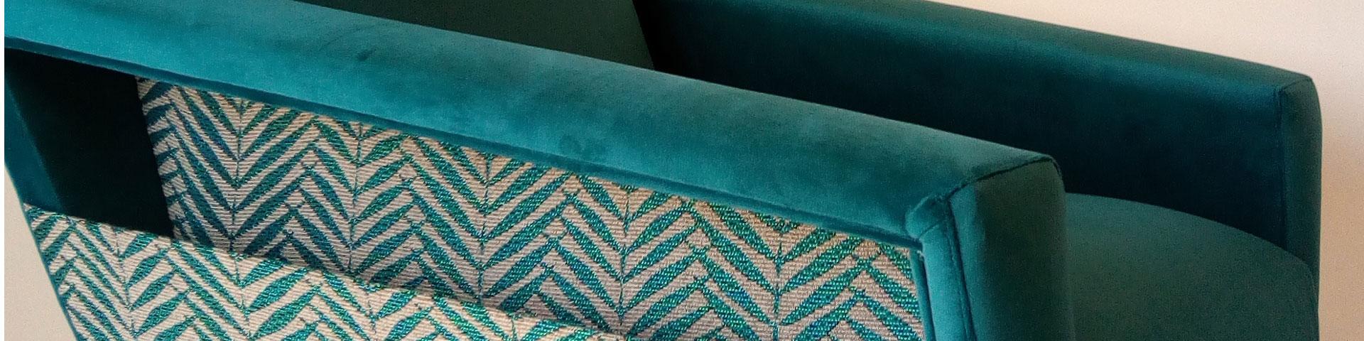 Le Vieux Beau propose une sélection de fauteuils, meubles et objets de décoration vintage