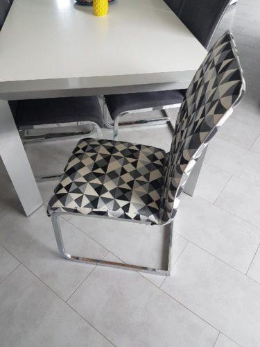 Les chaises de Sarah