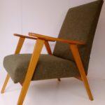 paire de fauteuils vintage rénovés par l'atelier Le Vieux Beau à la Rochelle, contactez nous pour tous vos projets;
